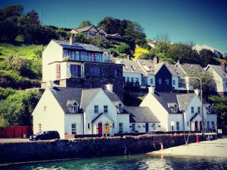 1 Lobster Cottage - at the 'World's End', Kinsale