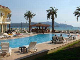 SUNSET BEACH CLUB 5 BEDROOM SEA FRONT VILLA, Fethiye