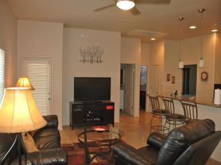 Tucson Luxury Foothills Condo- Resort Style Living