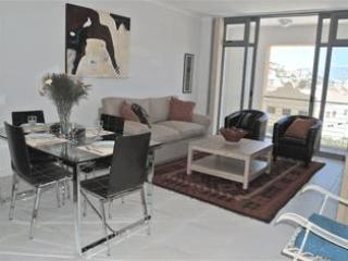 Muizenberg 1 Bed Beachfront Apartment with pool - Muizenberg vacation rentals