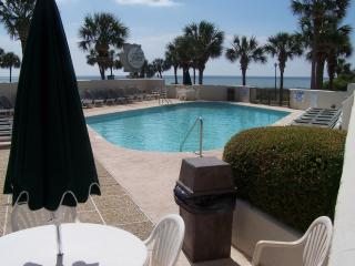 OCEAN FOREST PLAZA STAY 7 NIGHTS ONLY PAY FOR 4!! - Myrtle Beach vacation rentals