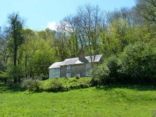 GARDENER'S COTTAGE, rural estate location, woodburners, riverside garden near Wiveliscombe Ref 13336