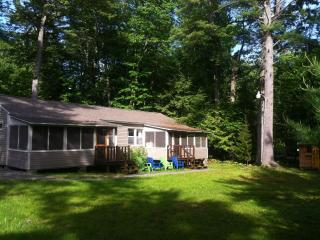 Cottage minutes from 7mile beach Ocean Park, Maine