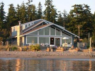 Blue Heron Beach House - Whidbey Island, WA, Freeland