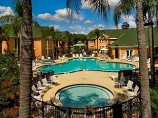 1 Bed Resort Suite #1  - ONLY 2 Miles from Disney, Kissimmee