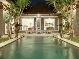 Villa Aramis by the Beach Special rates available, Seminyak