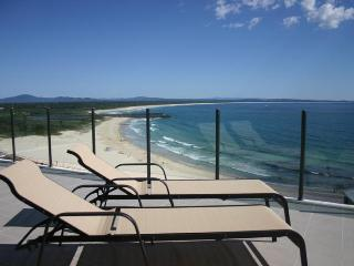 Superb Strand Beachside Penthouse 1003, Forster