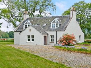 EASTER URRAY, quality luxury accommodation, woodburners, en-suites, large gardens, nr Muir of Ord, Beauly Ref 16491