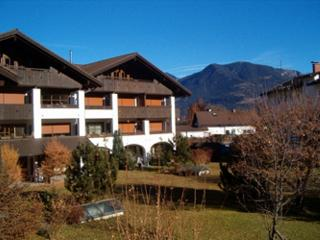 Vacation Apartment in Garmisch-Partenkirchen - 700 sqft, warm, comfortable, relaxing (# 4791)