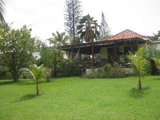 Hummingbird  2 Bed with Pool, Holetown