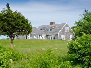 THE MEADOW FARMHOUSE AT MENEMSHA POND - CHIL LMCC-23, Chilmark