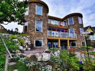 Beach Ave Castle Luxury  of Okanagan Lake - Peachland vacation rentals