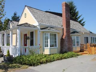 The Langley House - in town retreat - sleeps 2-14 - Whidbey Island vacation rentals