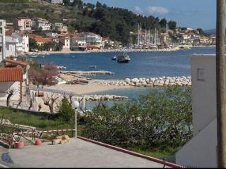 5711 A1(4+2) - Suhi Potok - Supetar vacation rentals