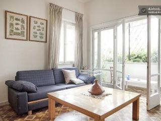 Amazing 1br Central Fully Furnished With Balcony, Tel Aviv