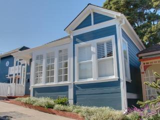 Walk to Gourmet Restaurants! 3 Blocks to Beach! - Pacific Grove vacation rentals