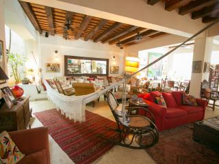 5 Bedroom Colonial Mansion with Swimming Pool in Old Town, Cartagena
