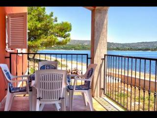 5747 A1(4+1) - Veli Rat - Supetar vacation rentals