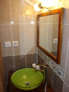 The bathroom Earth with shower