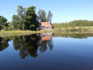 Lakeside Villa beautifully situated Uppland Sweden - Sweden vacation rentals