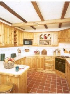 Fully equipped farmhouse kitchen