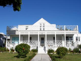 White Lodge, Harbour Island