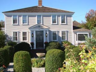 Condo on Commercial St. with Waterview & Parking!, Provincetown