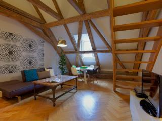 Baroque Two-Bedroom Apartment, Praag