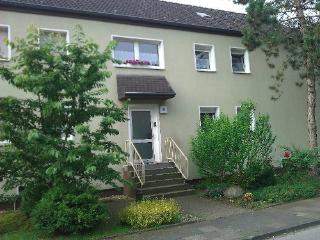 Vacation Apartment in Duisburg - 463 sqft, warm, comfortable, friendly (# 3047)