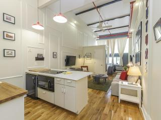 The Box House, Chic Loft Minutes From Times Square - Brooklyn vacation rentals