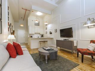 The Box House, Trendy Designer Loft in Brooklyn - Brooklyn vacation rentals