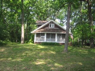 quaint peaceful 4BR 2BA house - Illinois vacation rentals