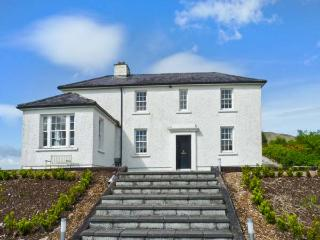 LOO BRIDGE RAILWAY STATION detached cottage, close to National Park in Killarney Ref 17893