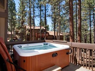 Beautiful Lake Tahoe vacation rental at Lake Village (LV57), Stateline
