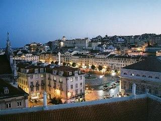 Lovely Apartment with Stunning Lisbon Centre View