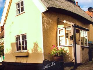 FORESTERS detached, thatched cottage with woodburner in Coddenham Ref 14935, Stowmarket