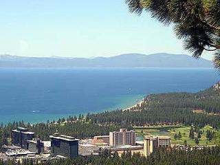 Comfortable & Convenient 2BR Heavenly Condo, South Lake Tahoe