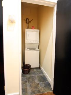 Washer/Dryer inside Apartment
