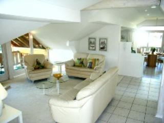 LLAG Luxury Vacation Apartment in Ruhpolding - 1076 sqft, attic, modern, spacious (# 3119)