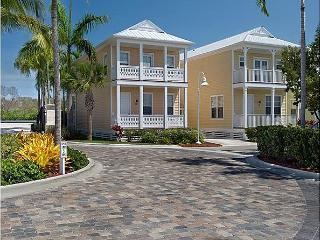 Luxurious Anglers Reef with Boat Slip, Pool, Ocean, Islamorada