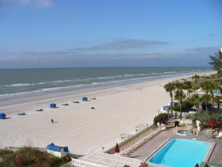 #508 SANDCASTLE I /DIRECT GULF VIEW/SLEEPS 6, Indian Shores