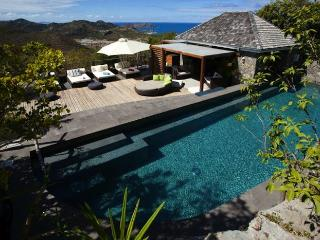 Luxury 5 bedroom Lurin villa. Breatktaking views of the ocean and just minutes from the beach!