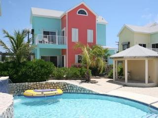 Designer Villa, in Tranquil and Beautiful East End, Grand Cayman