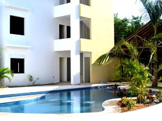 Condo Aqua One Ground Floor In Xcalacoco Area, Playa del Carmen