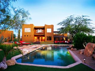 AWESOME 5 Star Luxury Estate Resort Style Backyard, Scottsdale