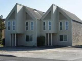 Beach Loop Condos, Bandon