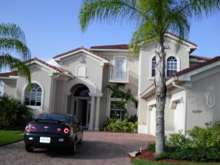 Luxury 5 Bedroom Home With Pool/spa, Port Saint Lucie