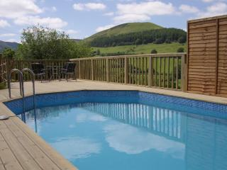 7 bedroom luxury cottage with heated pool in wales, Llanbrynmair