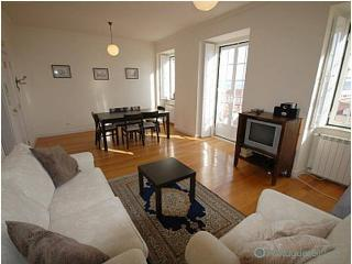 Lisbon Apartament Bica Terrace - Lisbon vacation rentals
