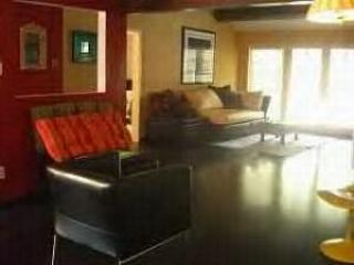 Private Gated home with Pool / Spa - Image 1 - North Hollywood - rentals